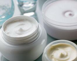 Mercado de dermocosméticos cresce com produto local e novas drogarias