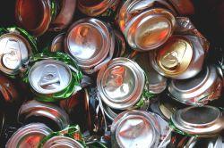Reciclagem de latas de alumínio: meta da Novelis é aproveitar até 80% do metal em 2020