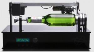 Marca desenvolve garrafa de cerveja que toca música