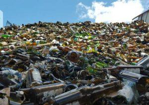 Empresa de embalagens de vidro amplia programa de reciclagem