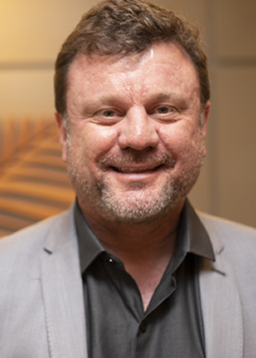 Luciano Izar Ost